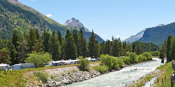 Oltre 200 splendidi campeggi in montagna