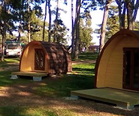 TCS Camping bleibt auf Kurs