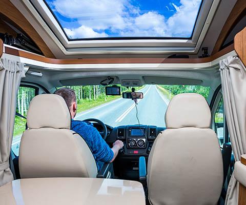 Règles de circulation et législations pour campeurs